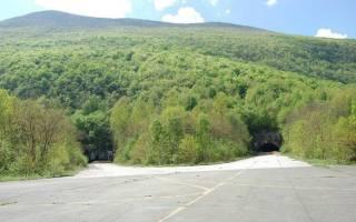 Подземная авиабаза Желява, Хорватия — обзор