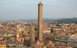 Падающие башни в Болонье, Италия — обзор