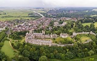 Замок Арундел, Англия — обзор