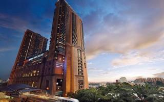 Берджая Таймс Сквер, Малайзия — обзор