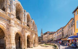 Амфитеатр в Арле, Франция — обзор