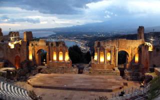 Амфитеатр в Таормине, Италия — обзор