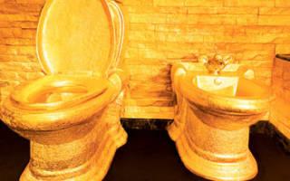 Туалет в ресторане Dolce & Gabbana Gold, Италия — обзор