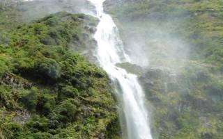 Водопад Сазерленд, Новая Зеландия — обзор