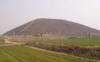 Китайские пирамиды, Китай — обзор