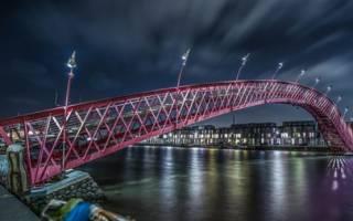 Мост Питон, Нидерланды — обзор