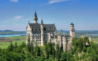 Замок Нойшванштайн, Германия — обзор