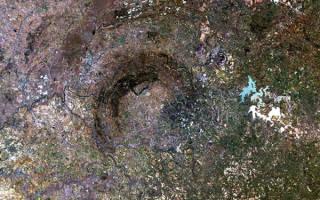 Фото галерея: Самые большие метеоритные кратеры планеты — обзор